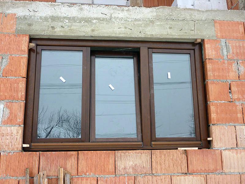 ferestre lemn cu geam termopan